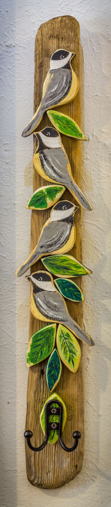 Vertical Bird Hanger